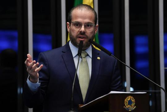 Prisco Bezerra ressalta os avanços da educação em todo o Ceará