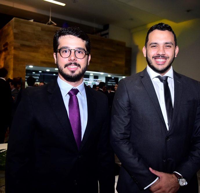 Rafael Fujita e Valdemir Alves
