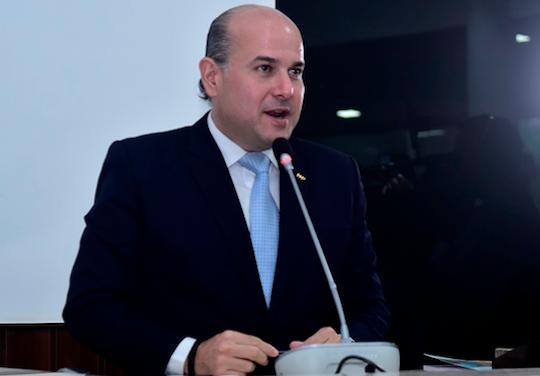 Roberto Cláudio anuncia novos investimentos em postos de saúde da capital cearense