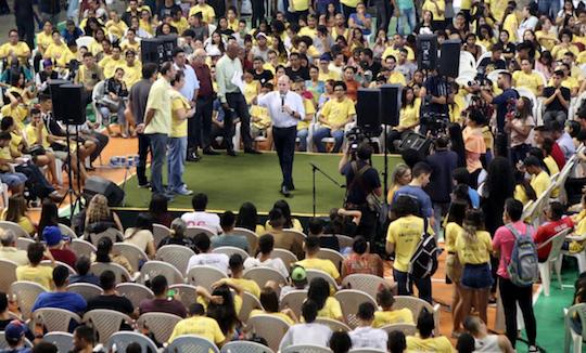 Roberto Cláudio destaca a relevância do Programa Bolsa Jovempara a capital cearense
