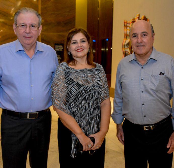 Ricardo E Rosangela Cavalcante E Silvio Frota