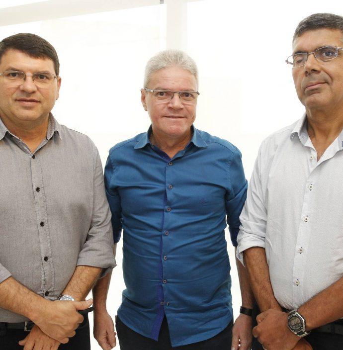 Sergio Lopes, Edson Arouxe E Lauro Chaves