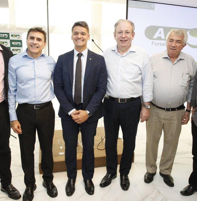 Valdemir Alves, Pedro Lima, Rodrigo Burbom, Ricardo Cavalcante, Roberto Macedo E Chico Esteves