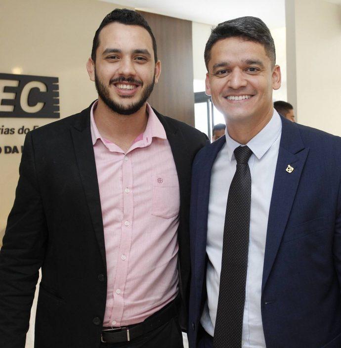 Valdemir Alves E Rodrigo Bourbon