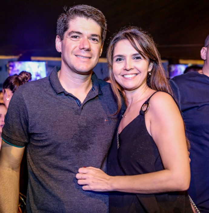 Webster Pinheiro E Vanessa Macedo