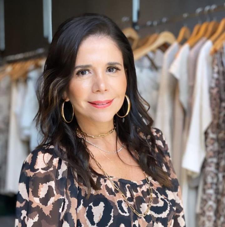 Maria Lúcia Negrão desembarca com a nova coleção da Lenita em Miami