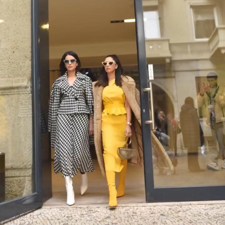 Longe da folia brasileira, Natasha e Nicole Pinheiro aterrissam na Semana de Moda de Milão