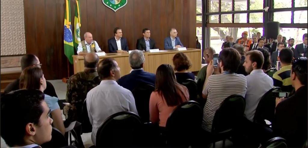 Moro e ministros estão reunidos com Camilo Santana no Palácio da Abolição