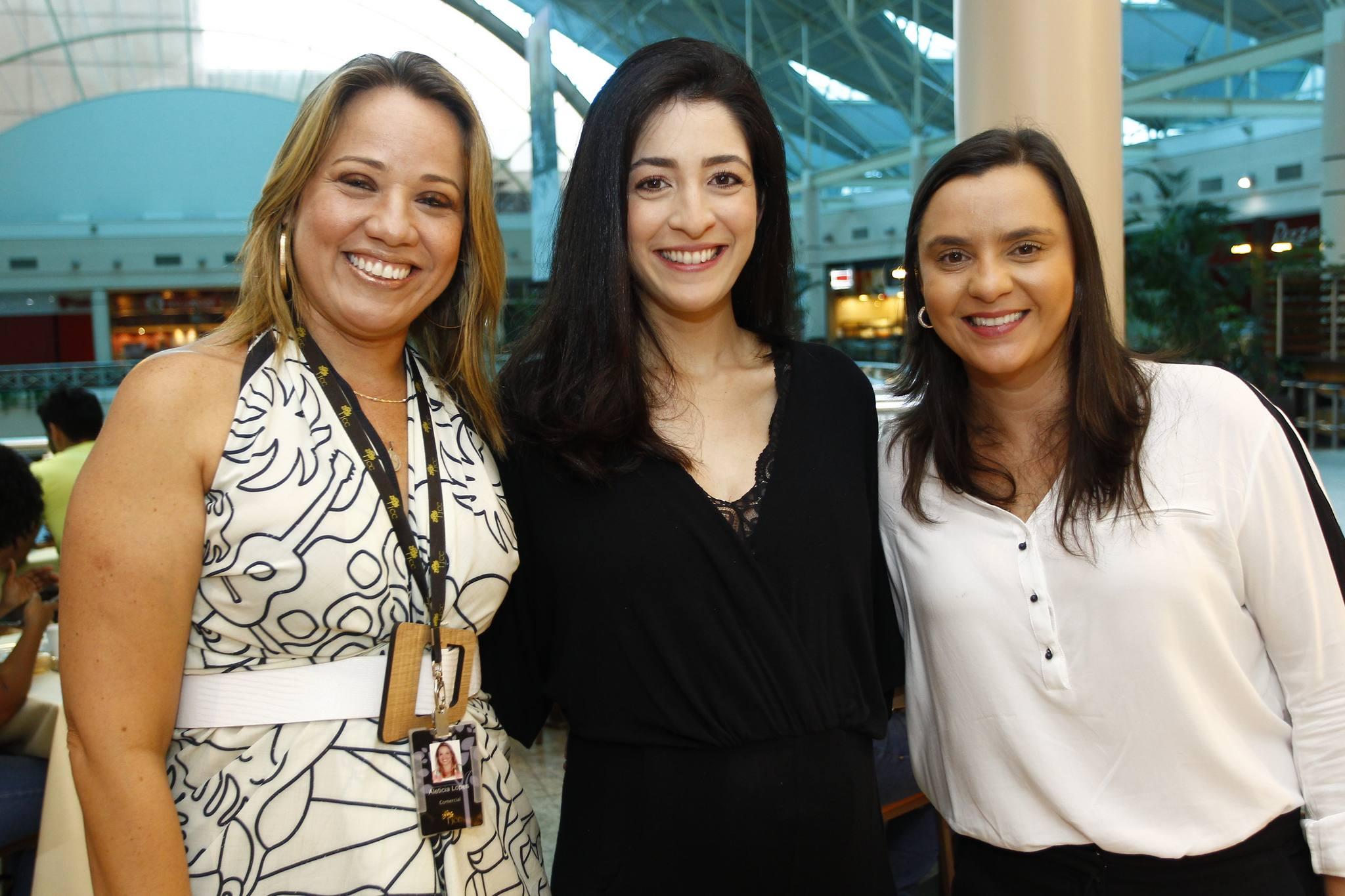 Aleticia Pessoa, Mila Brasil E Natalia Pinheiro