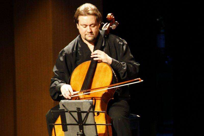 Concerto - Sylvia Thereza e Alexandre Debrus brilham em recital de piano no Teatro Celina Queiroz