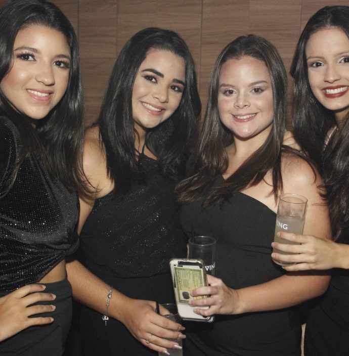 Alice Magalhaes, Maria Eduarda Lima, Joana Ginfne E Katherine Grimaldi