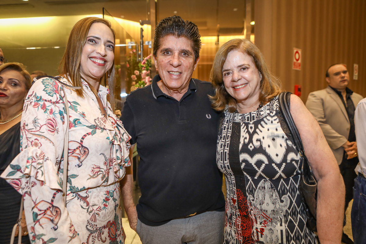 Ana Claudia Canamary, Dito Machado E Roseane Medeiros