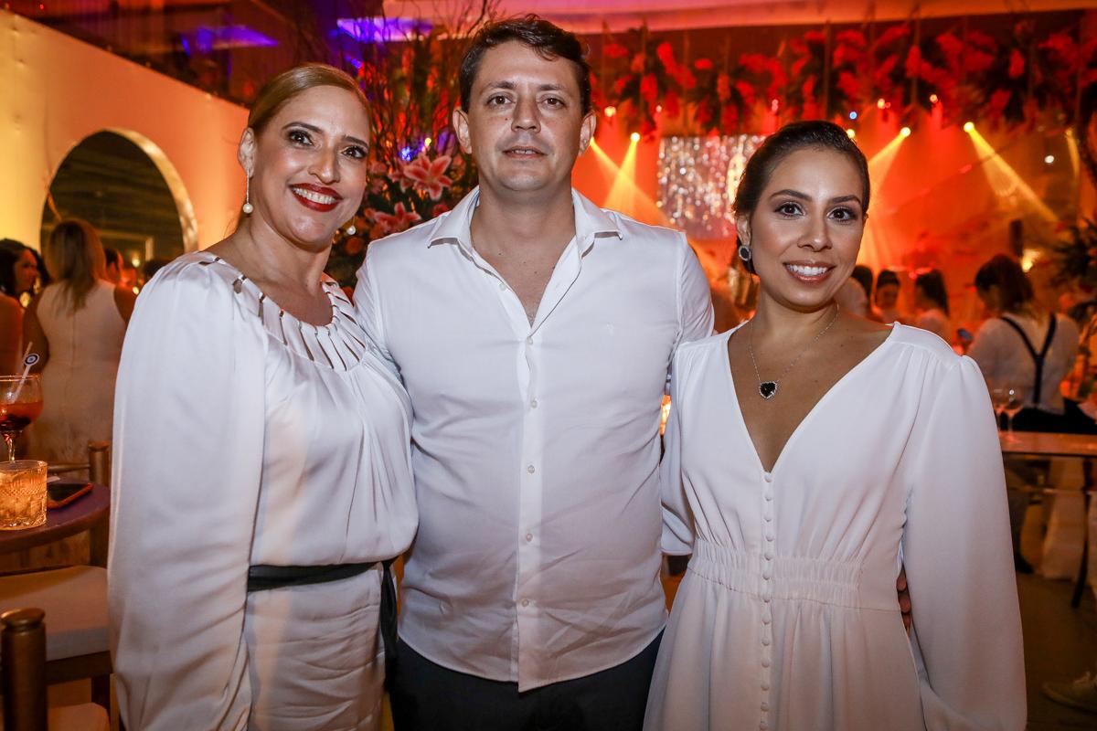Ana Claudia Canamary, Eumar E Marcela Pinheiro