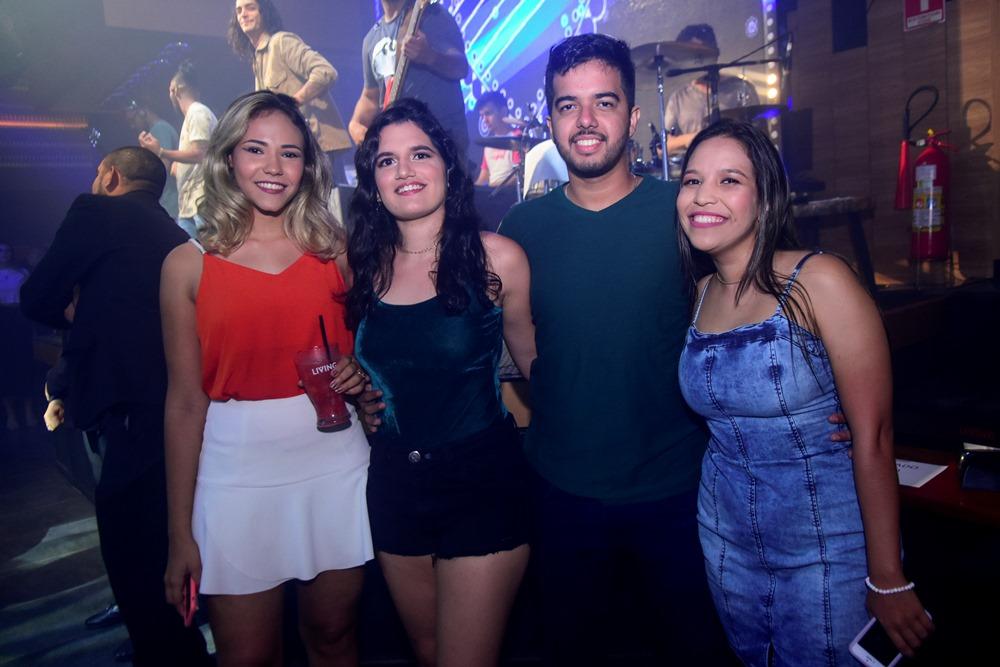 Andressa Wenzel, Alexandra Saunders, João Leal E Fernanda Soares,