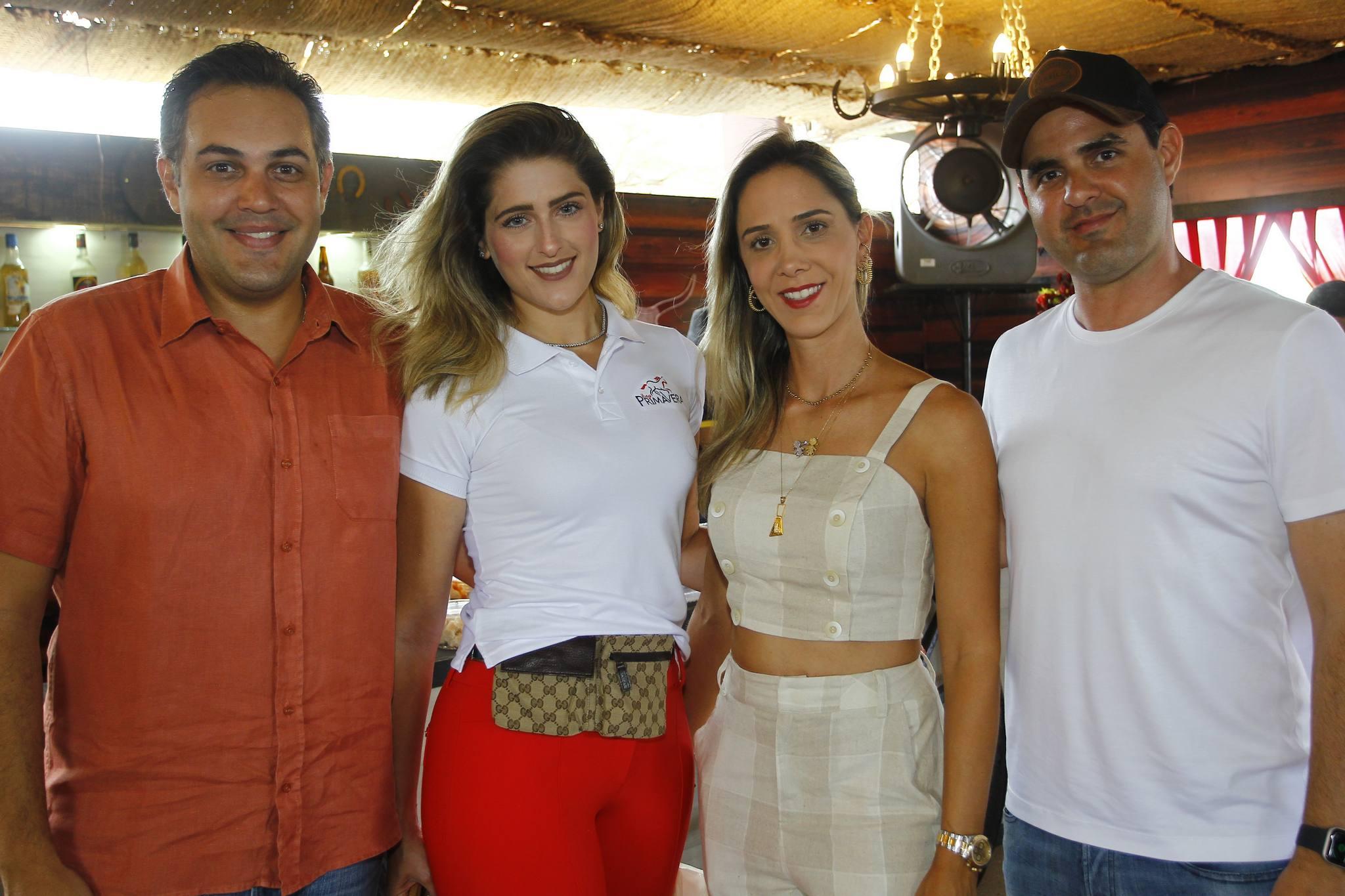 Bruno E Rebeca Bastos, Livia E Guilherme Vieira