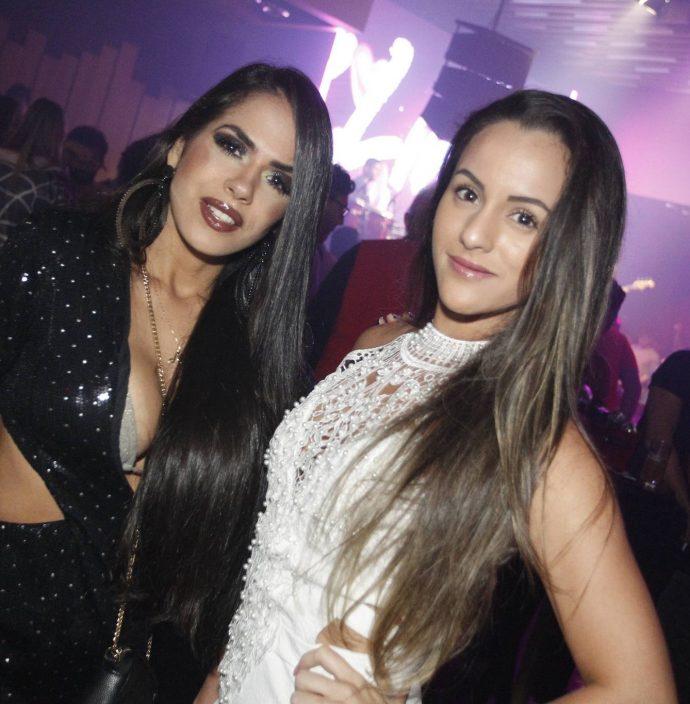 Camila Pinteiro E Veronica Queiroz
