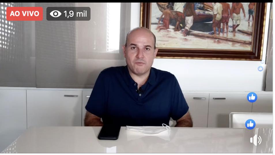 Diagnosticado com Coronavírus, Roberto Cláudio faz live pelo Facebook