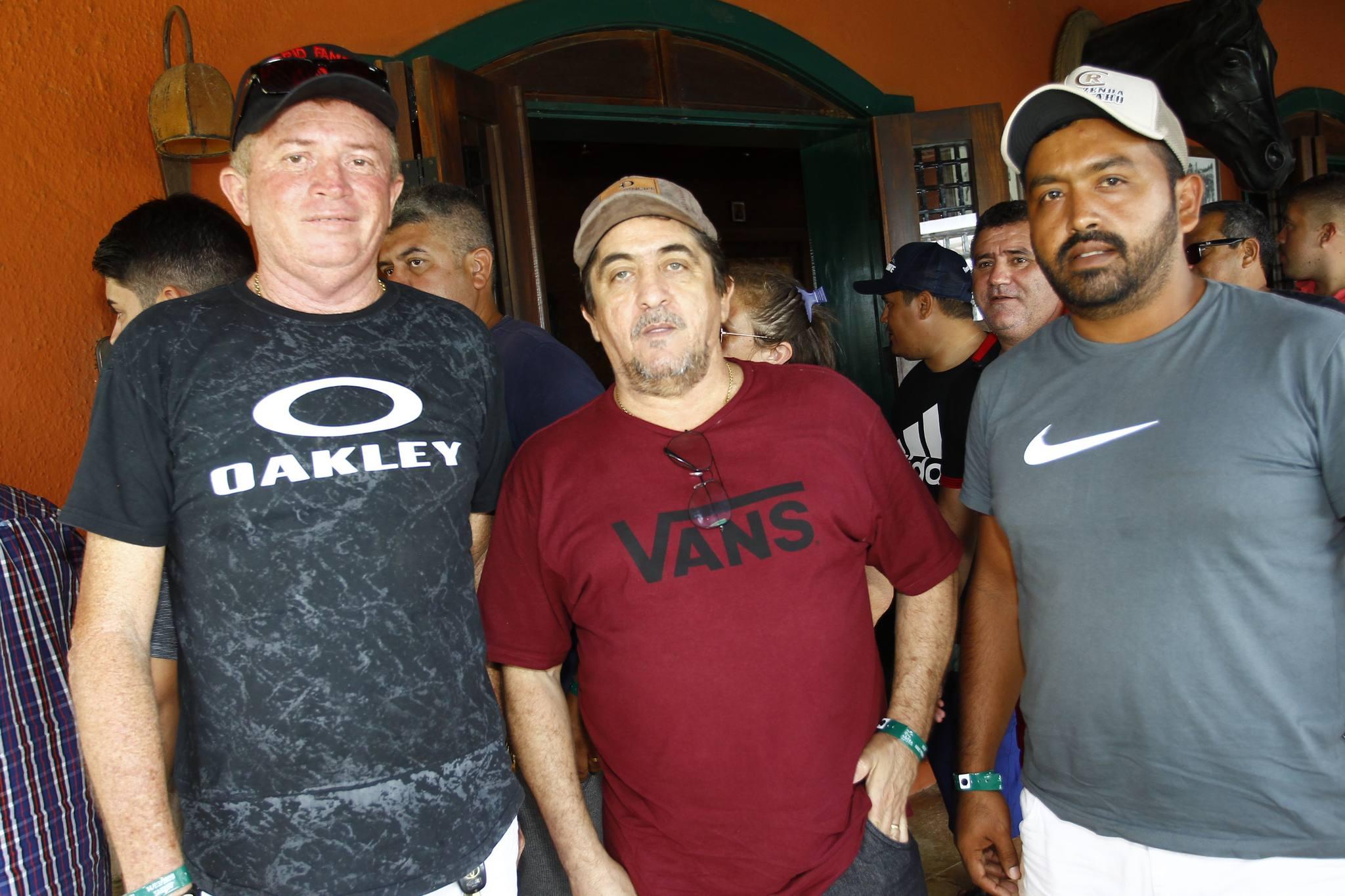 Carlos Alberto, Dudu Oliveira E Pedro Henrique