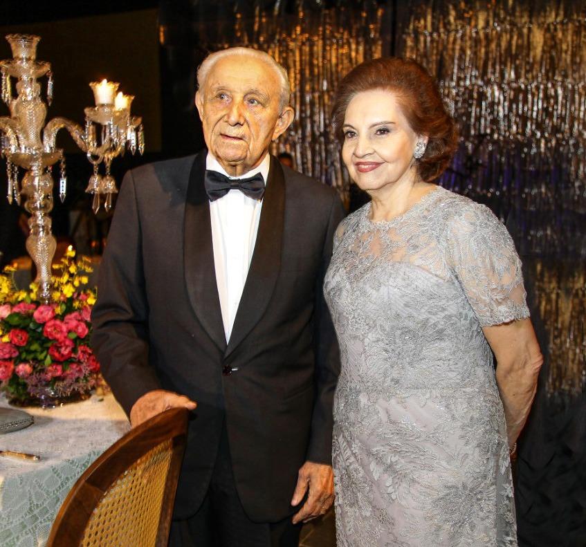 Adauto e Humberto Bezerra celebram 90 anos em noite de pura alegria e elegância