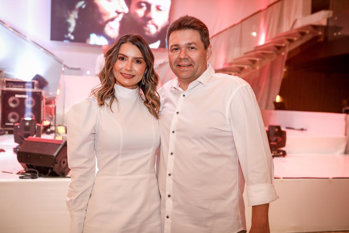 Claudia Lima E Cleber Correa