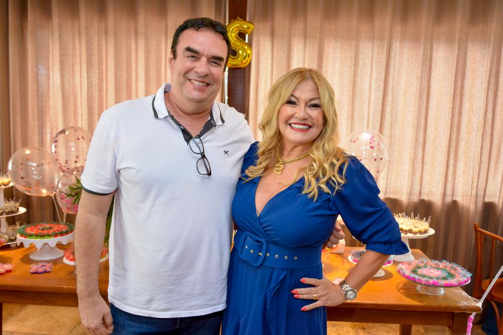 Claudio Ary E Stela Salles