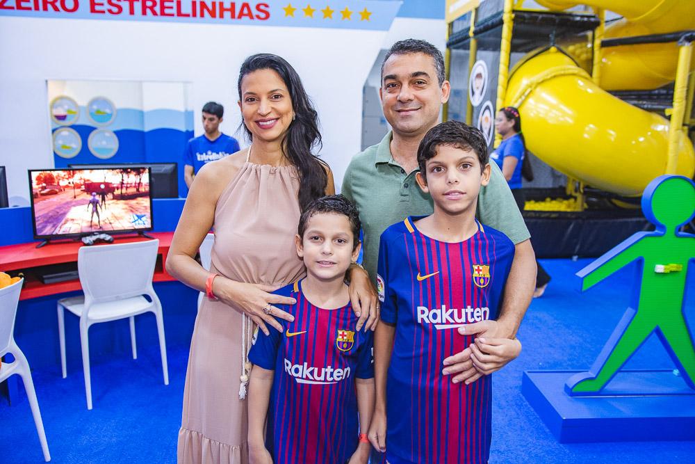Daniela, Alexandre, Thiago E Marcelo Serafim