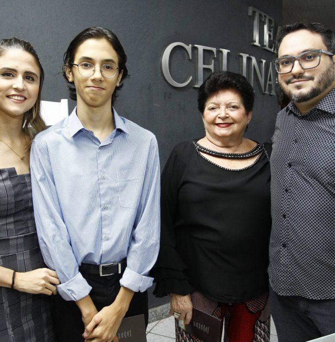 Debora E Kaue Dieb, Iara Oliveira E Felipe Brito