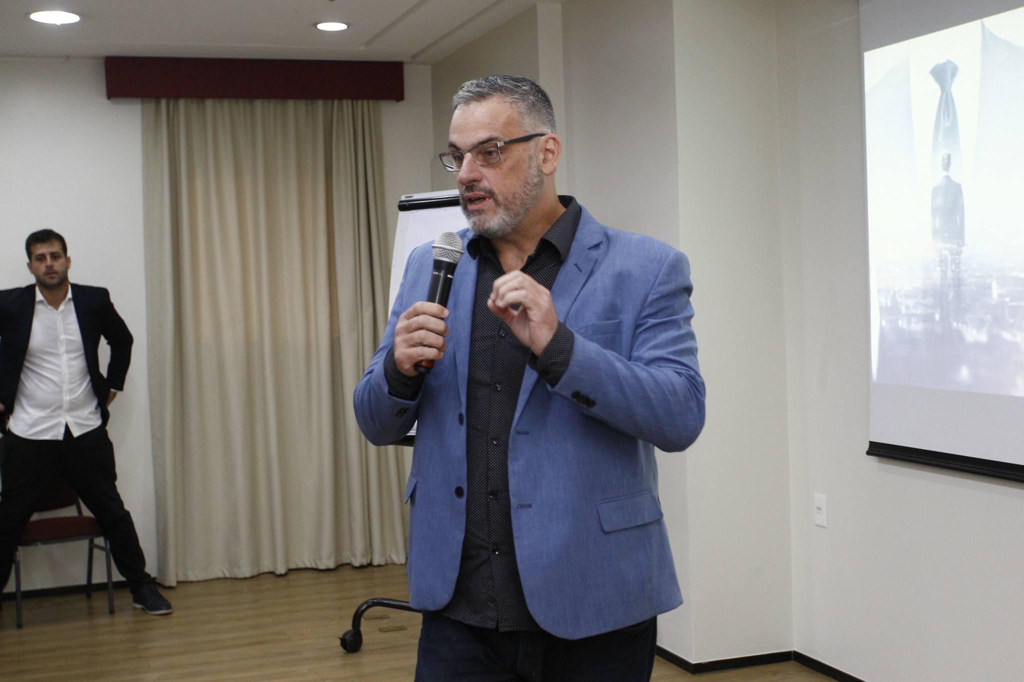 Eduardo Almeida 2