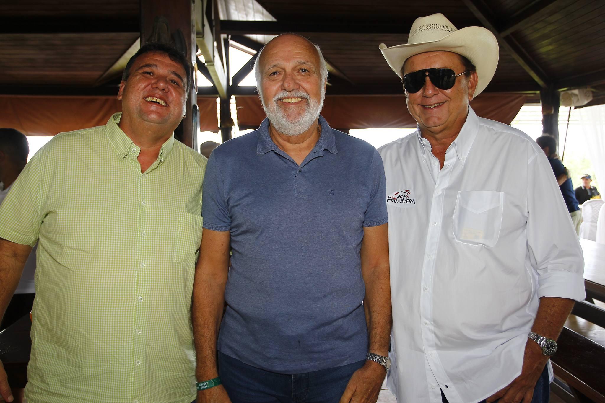 Fabio, Mauricio E Rafael Leal
