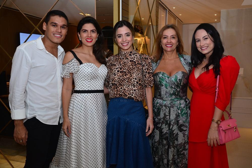Felipe Torres, Ticiana Sampaio, Mikaela Bottura, Rejane Oriá E Daniela De Paula
