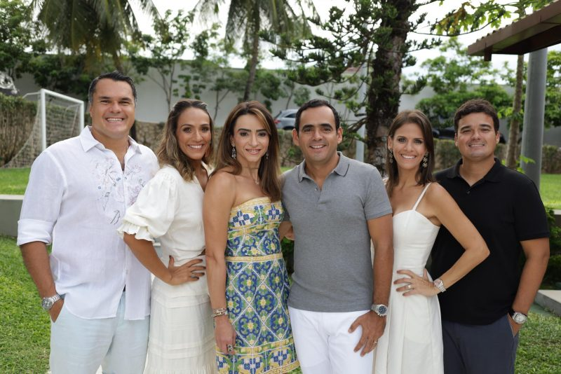 Sunset Party - Camila e Fernando Quinderé festejam a nova idade dele comme il faut
