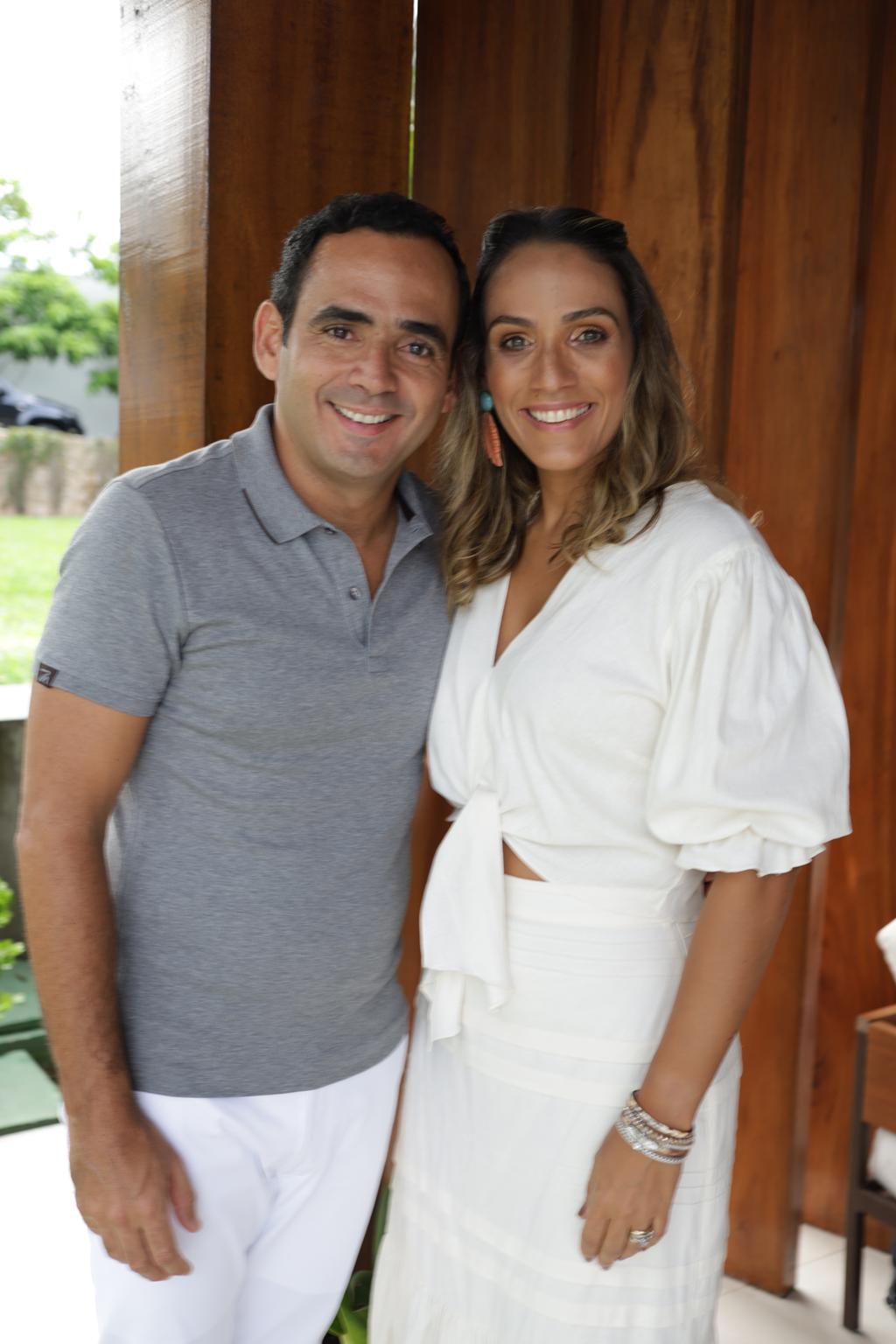 Fernando Quindere E Daniele Couto