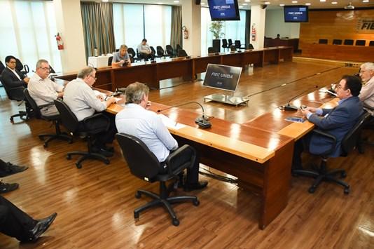 Reunidos na Fiec, empresários decidem pedir ajuda para minimizar impactos do Covid-19