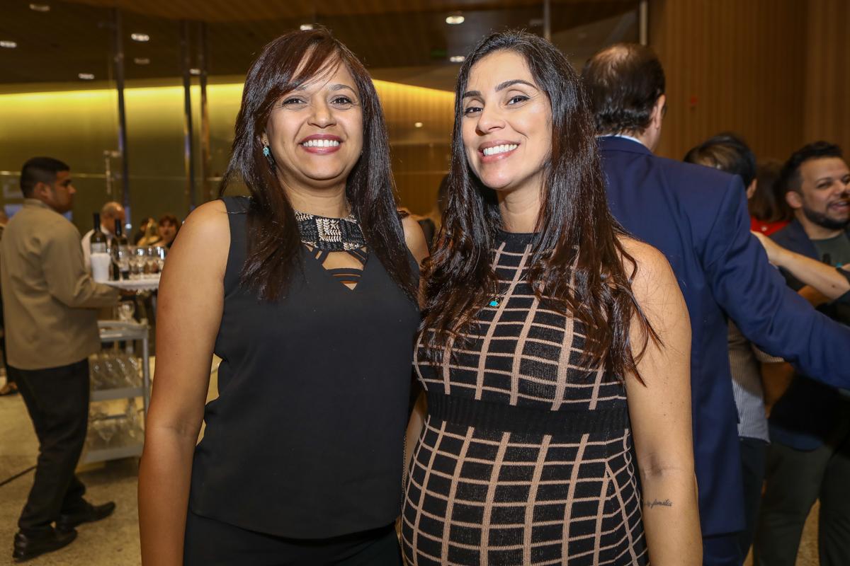 Flavia Silva E Viviane Santos