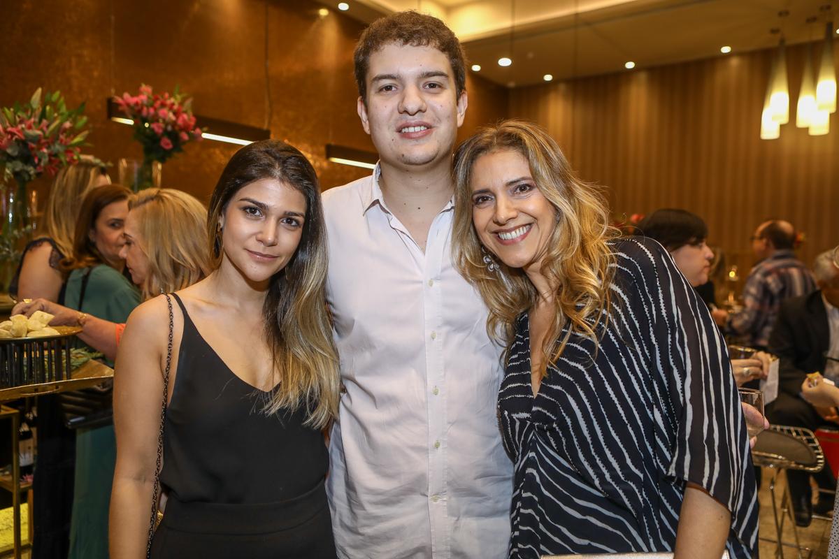 Gessica Guimaraes, Guilherme E Elisiane Colares
