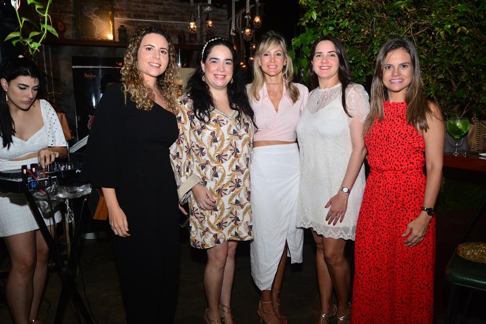Ilana Fontenele, Paula Bezerra, Bianca Bonorandi Franco, Ju Bezerra E Andréa Sarahyba