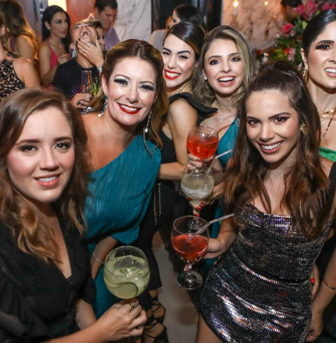 Isabella Gurjao, Tatiana Luna, Juliana Cordeiro, Dani Peixoto, Nicole Vasconcelos E Manu De Castro