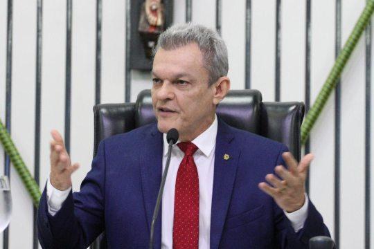 José Sarto favorável a reduzir salários de deputados em 50% para auxiliar no combate ao coronavírus no Ceará