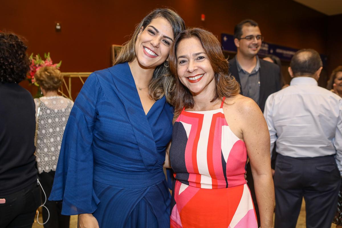 Juliana De Fatima E Carla Seixas