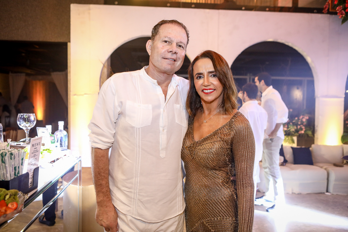 Julio Ventura E Carla Baide
