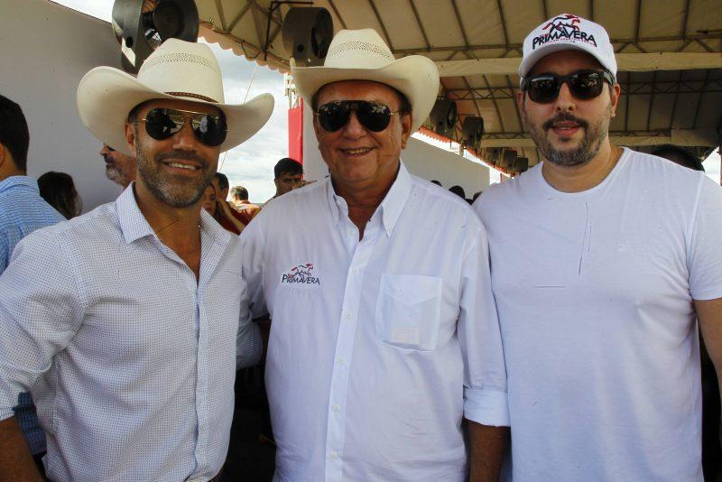 Kako Auriquio, Rafael E Tiago Leal