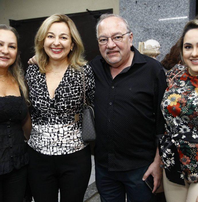 Lilian Brito, Leonice Holanda, Wagner Barbosa E Amanda Brito