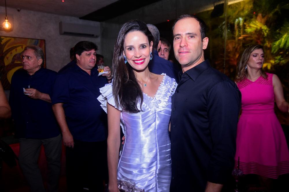 Lina E André Pontes