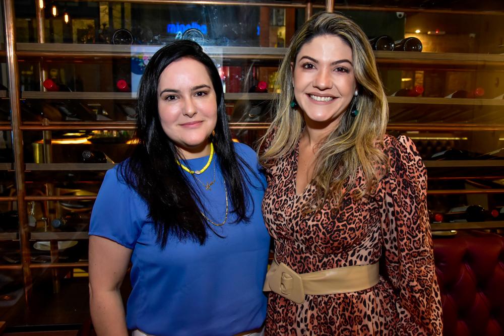 Lize Magalhães E Kersya Coelho