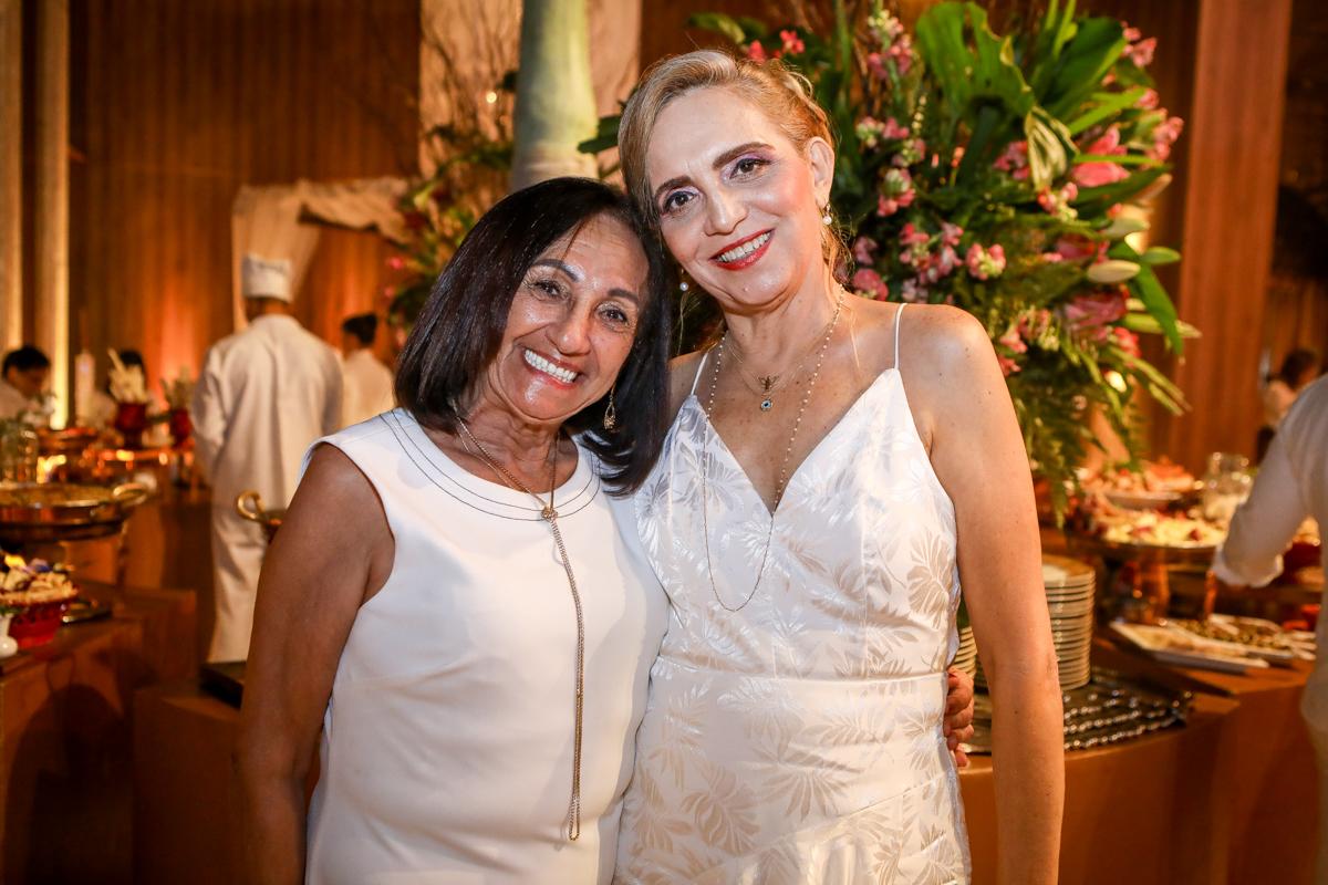 Lourdes Glace E Antonelia Castro