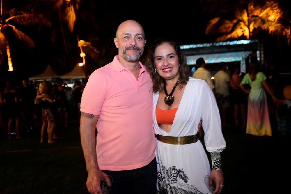 Magno Gomes E Cintya Leitão