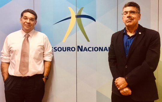 Lauro Chaves e Mansueto Almeida afinam o debate econômico no DF