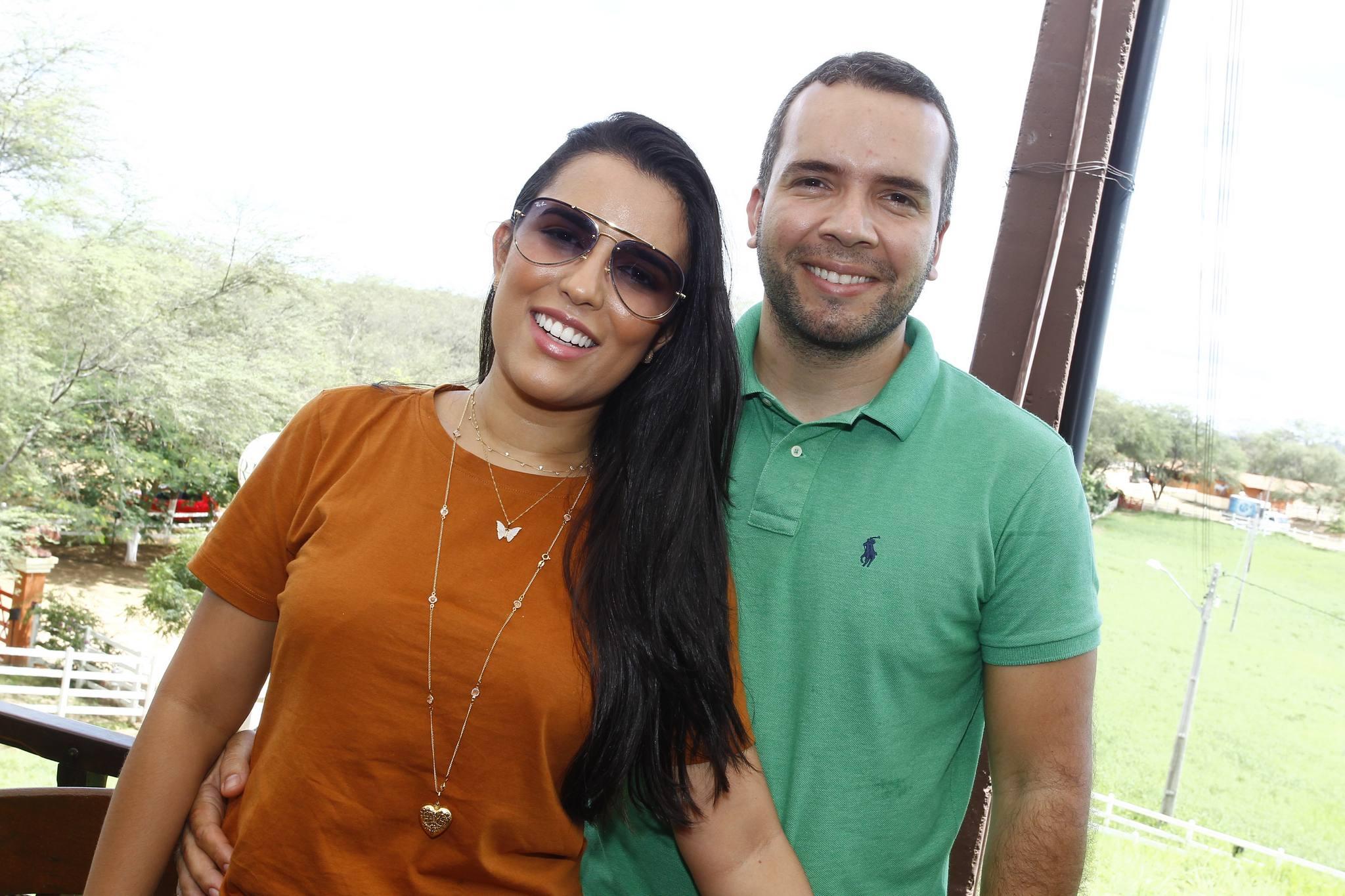 Mara Andrade E Matheus Menezes