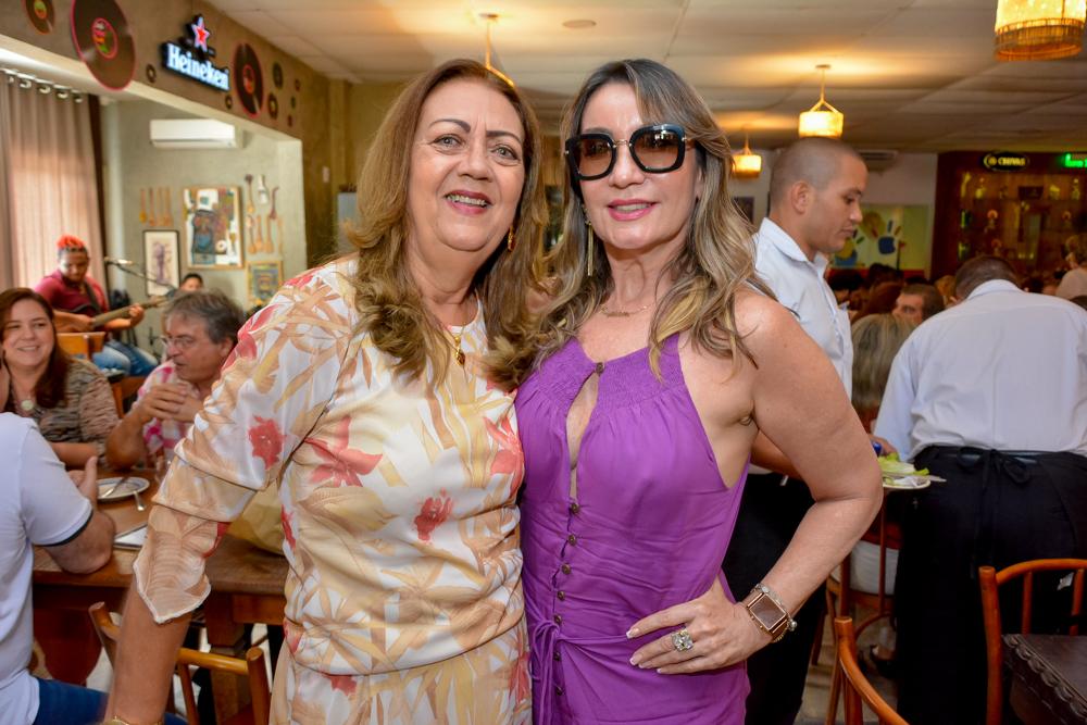 Marcele Sobreira E Regiane Rodrigues