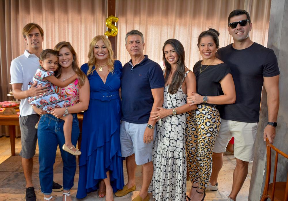 Marco, Laura, Stella, Marco, Marcela E Iasmin Salles E Julio Fernandes